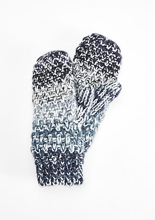 Mittens in a textured knit from s.Oliver
