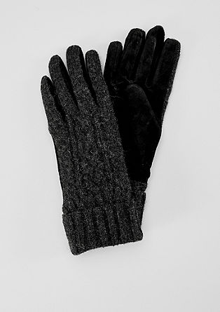 Wool gloves with a knit pattern from s.Oliver