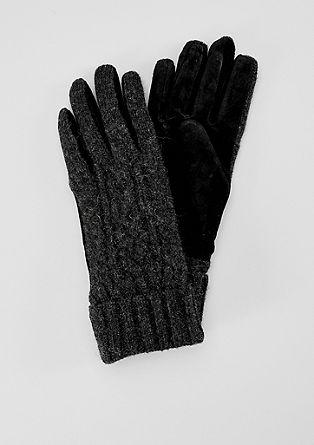 Wollen handschoenen met gebreid patroon