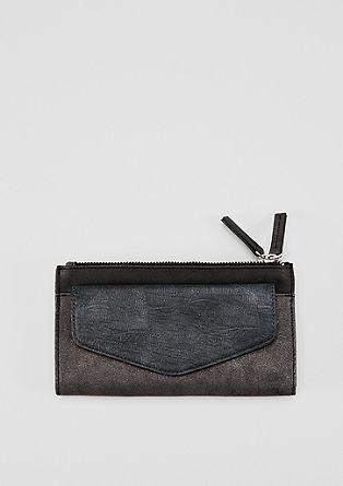 Geräumiges Portemonnaie im Materialmix