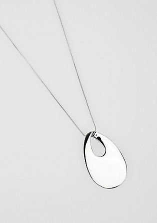 Necklace with a shiny oval pendant from s.Oliver