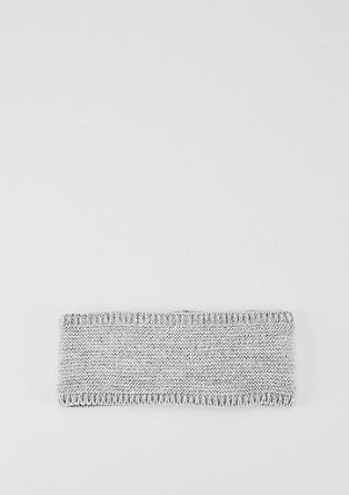 Pleten trak za lase s podlogo iz flisa