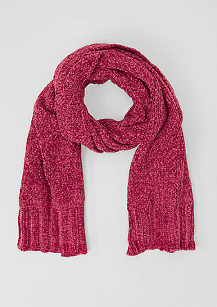 Cosy velvet scarf from s.Oliver