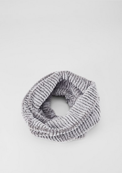 Flauschiger Fake Fur-Loop