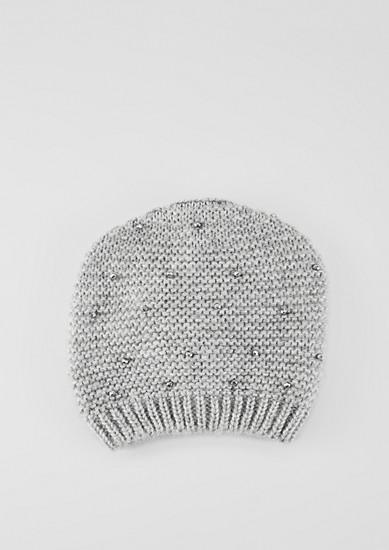 Mütze mit Schmucksteinchen