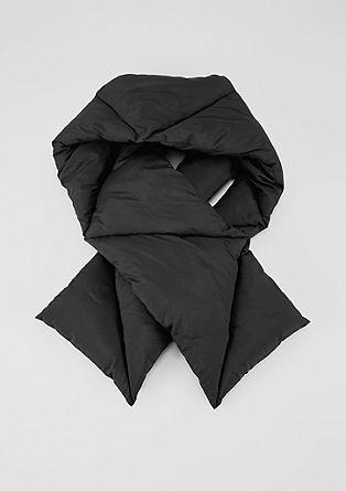 Warme gewatteerde sjaal