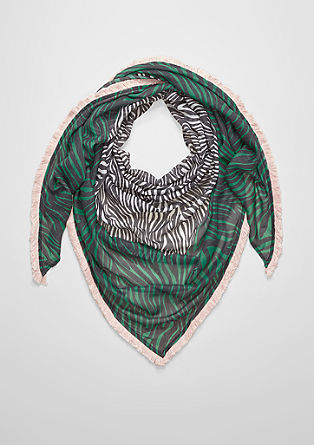 Triangular scarf with a fringed border from s.Oliver