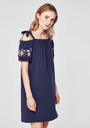 Bestikte off-shoulder jurk