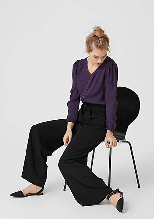 Marlene trousers with a belt from s.Oliver