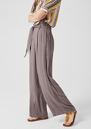 Cloth trousers in a palazzo style from s.Oliver