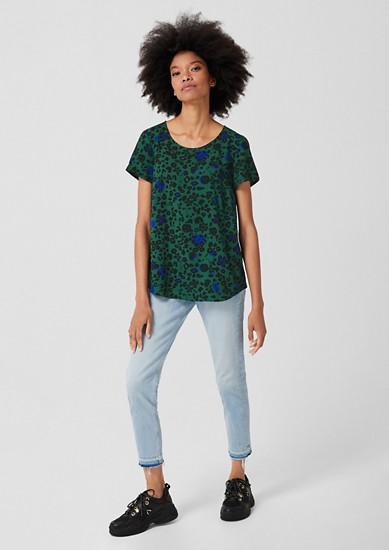 Halenkové tričko s celoplošným vzorem