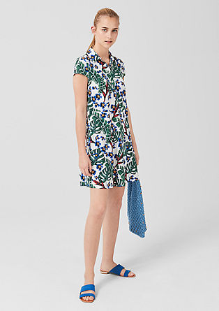 Viskozna obleka s cvetličnim potiskom