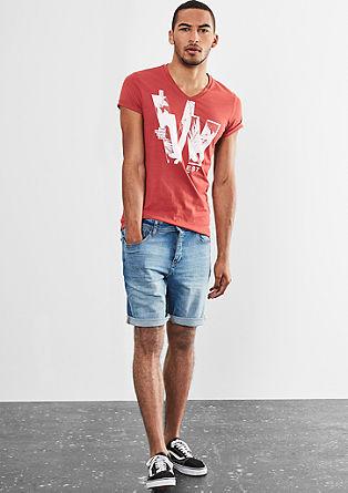 Potiskana bombažna majica z V-izrezom