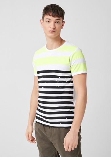 Lässiges Shirt im Streifen-Look