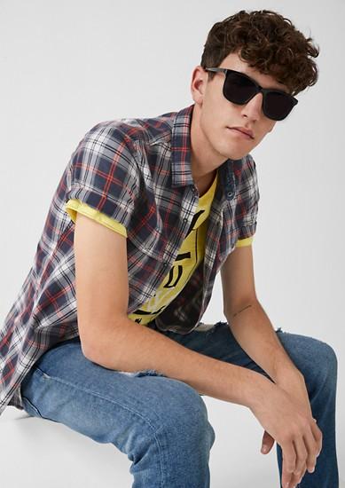 Extra Slim: chemise à carreaux pourvue de manches courtes de s.Oliver