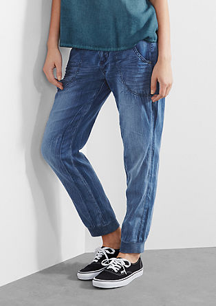 Boyfriend: Legere Hose in Denim-Optik