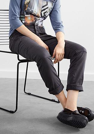 Slim: Jeans im Cargo-Stil