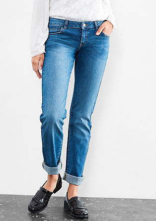 Catie Straight: classic blue jeans from s.Oliver