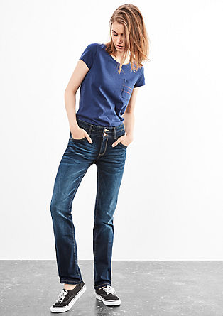 Catie Straight: Dunkle Jeans