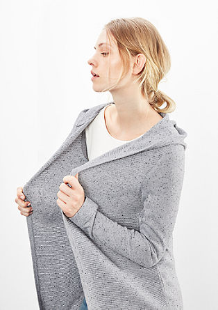 Strickjacke in geripptem Design