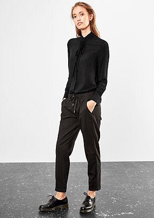Stehkragen-Bluse mit Schleife