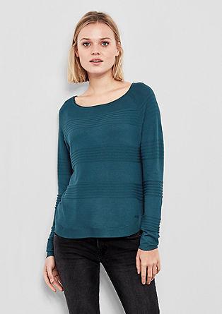 Proužkovaný pulovr skulatým lemem