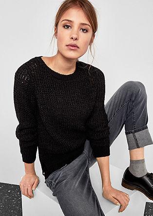 Vzdušně pletený pulovr
