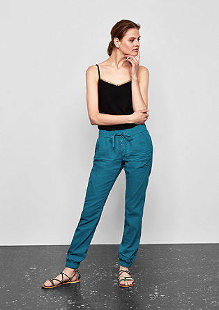 Gwen Boyfriend: linen trousers from s.Oliver