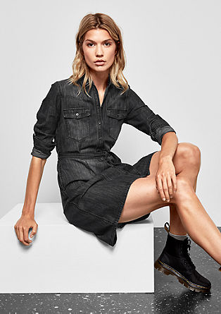 Slim-fitting denim dress with a belt from s.Oliver