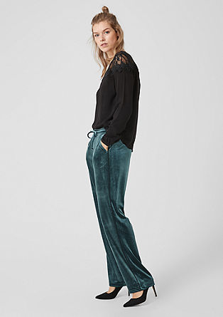 Gwen Straight: Velvet trousers from s.Oliver