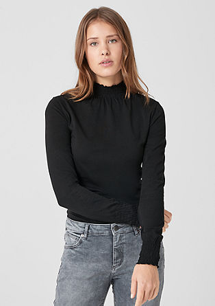 Shirt met gesmokte opstaande kraag