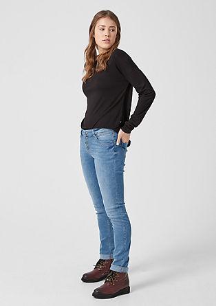 Catie Slim: denimky sknoflíkovou lištou