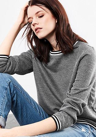 Meliertes Sweatshirt mit Kontrasten