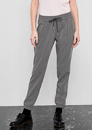 Gwen Boyfriend: pantalon décontracté en twill de s.Oliver