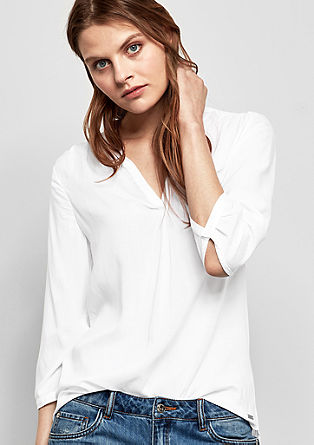 Lightweight mullet-style blouse from s.Oliver