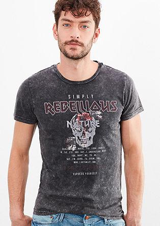 Rebellious T-shirt met skull