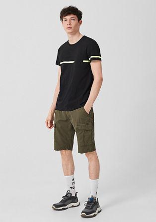 T-shirt met neonkleurige strepen