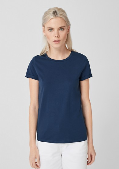 Schlichtes Basic-Shirt