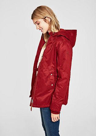 Warme jas met capuchon en doorgestikte voering
