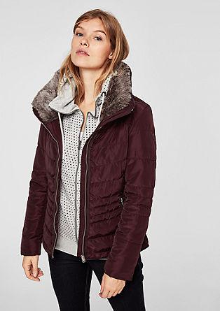 Gewatteerde jas met imitatiebont aan de kraag