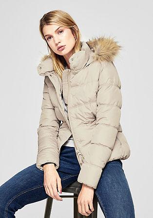 Prošívaná vypasovaná bunda simitací kožešiny