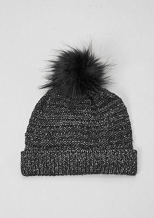 Pletena kapa z umetnim krznom