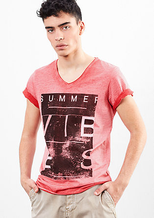 Print T-shirt with a cold pigment dye effect from s.Oliver