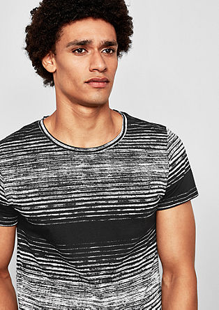 T-shirt with a textured print from s.Oliver