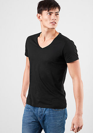 Double pack of slim-fitting V-neck T-shirts from s.Oliver