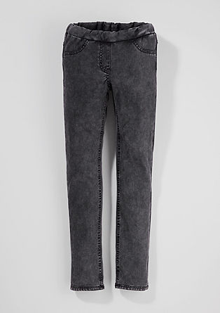 Jegging met een garment-washed effect
