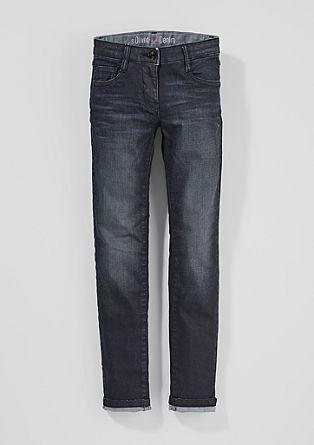Suri: strečové džíny