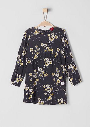 Zmačkané šaty s květovaným vzorem