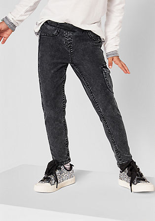 Jegging met garment-washed effect