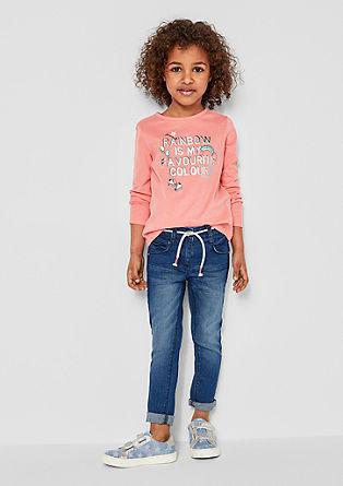 Skinny Kathy: Jeans mit Flechtgürtel